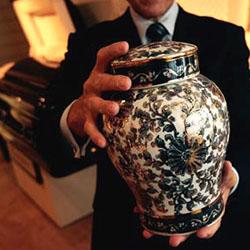 Servicii funerare Stoica va pune la dispozitie urne pentru incinerare